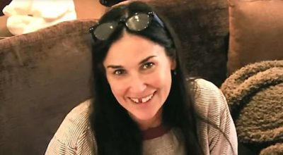 """Demi Moore perde i denti a causa dello stress: """"ne ho persi due"""""""