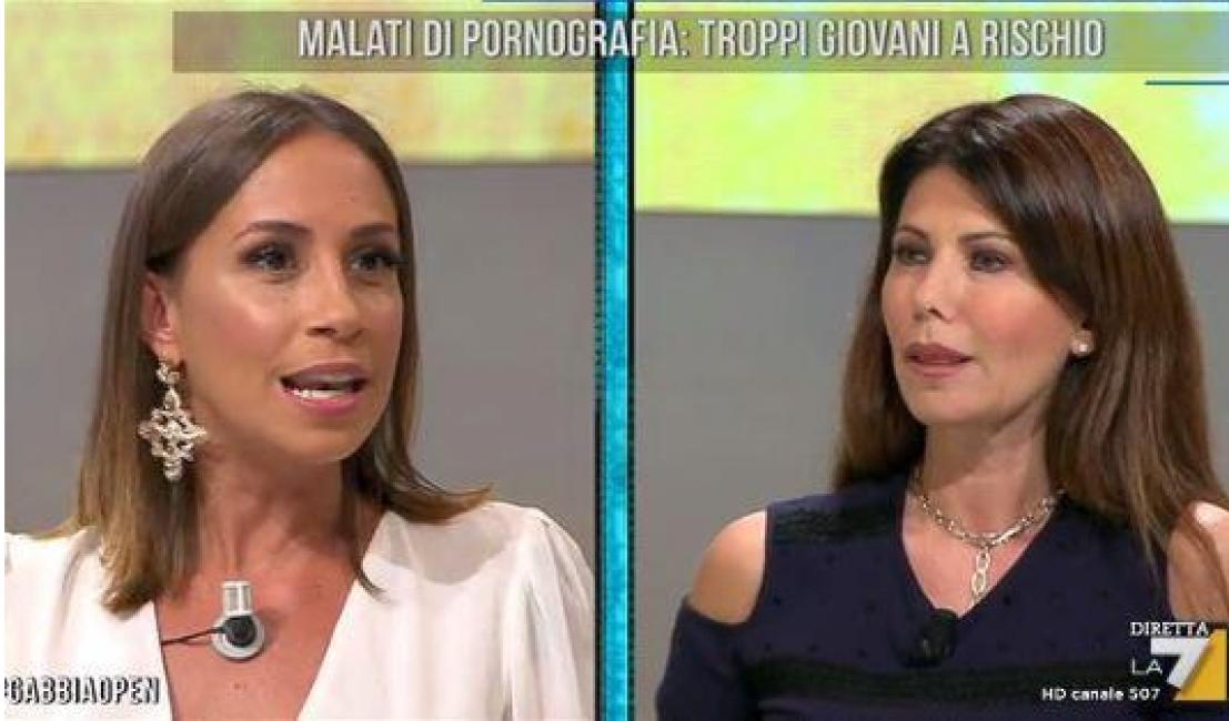 """Susanna Messaggio a Malena: """"Cara ragazza ci vuole un bravo psichiatra per te, tu hai dei disagi familiari"""""""