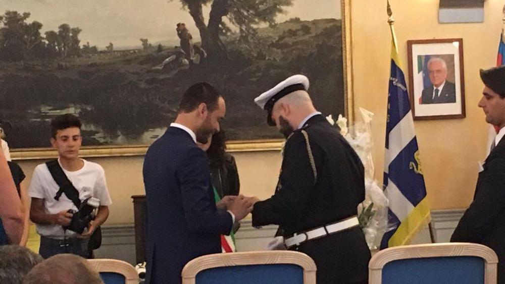 """Torino, le nozze gay del vigile urbano in divisa: """"Non ci fermeremo qui"""""""