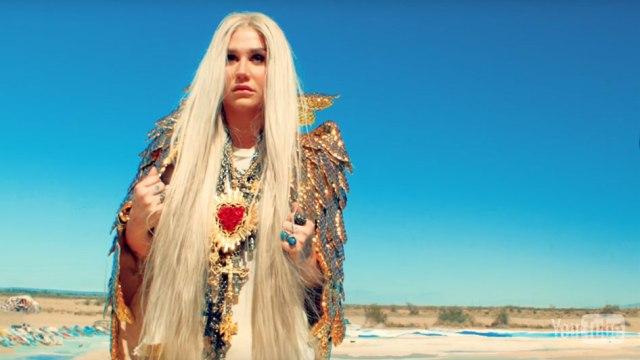 Kesha è tornata con Praying, il nuovo singolo (VIDEO)