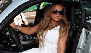 """""""Mariah Carey si è sentita umiliata"""": negozio rifiuta le carte di credito e scoppia la lite"""