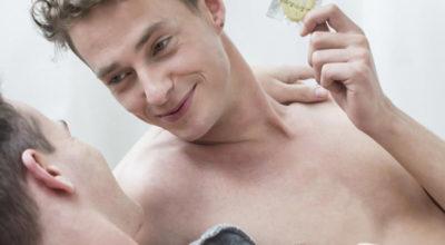 Bareback: in aumento i gay che praticano sesso non protetto. Ecco cosa si rischia...