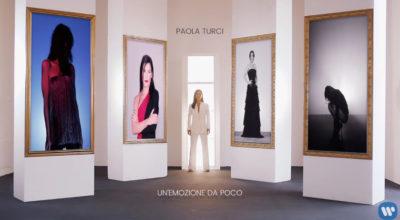 Paola turci canta Anna Oxa in Un'emozione da Poco