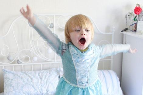 """Disneyland Paris si scusa con un bambino: anche i maschietti possono diventare """"principesse per un giorno"""""""