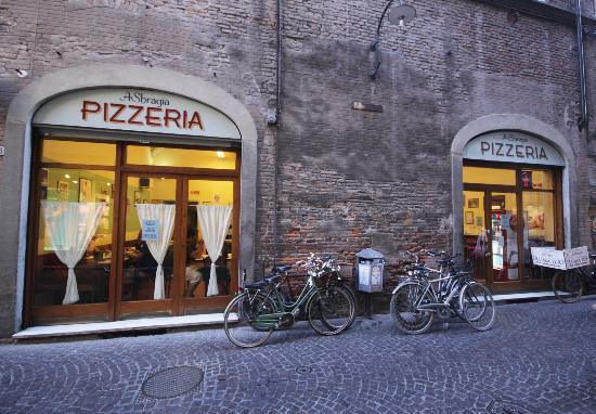 «Sbragia» a Lucca
