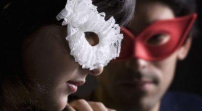 scambio di coppia, maschera