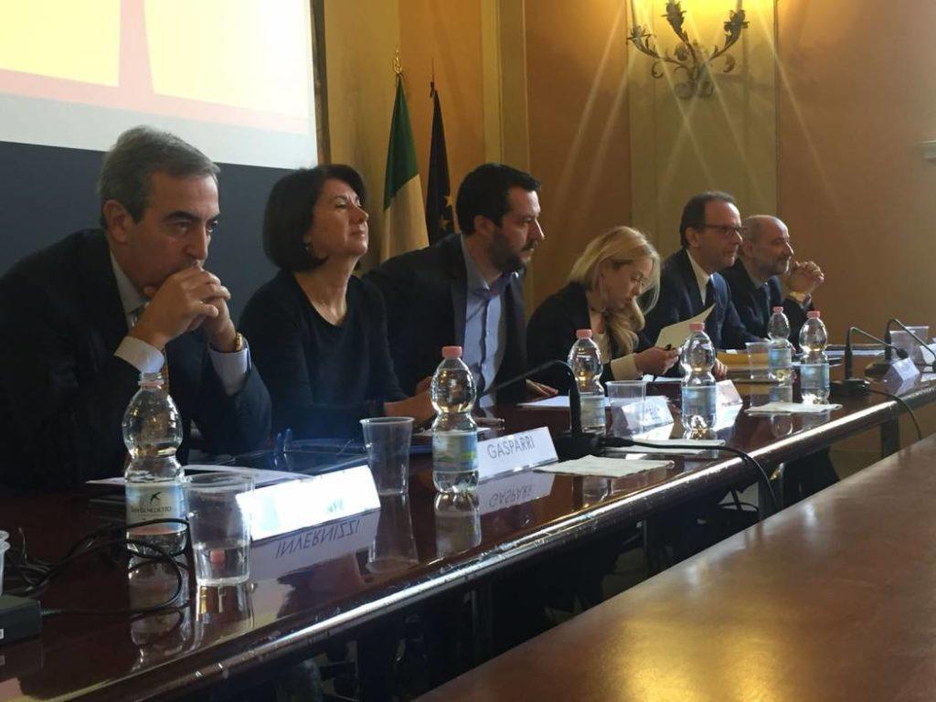 """""""Aboliremo le unioni civili"""": la promessa di Eugenia Roccella insieme a Salvini, Gasparri e Meloni"""