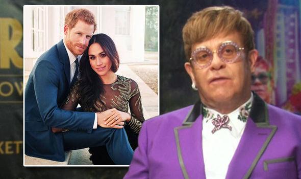 """Elton John canterà, 21 anni dopo, """"Candle in the wind"""" al matrimonio di Harry e Meghan"""
