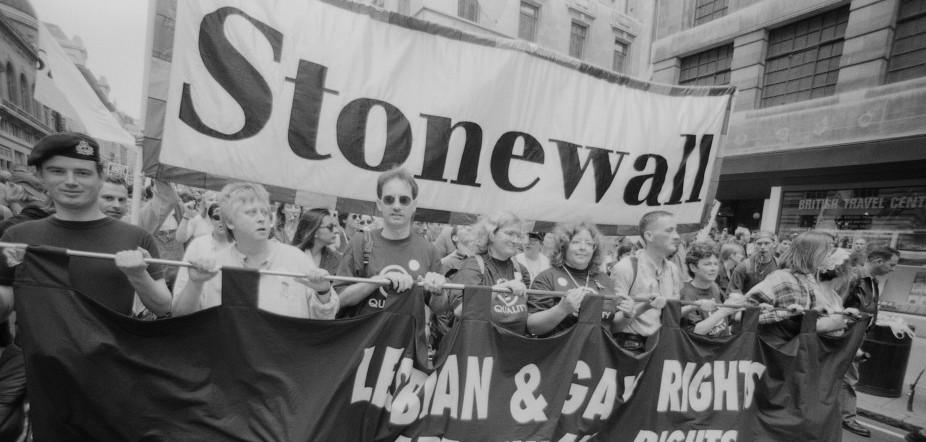 moti di Stonewall, gay pride, storia