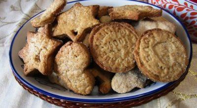 Studentessa offre ai compagni biscotti fatti con le ceneri della nonna