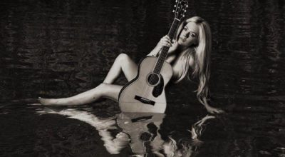 "Avril Lavigne: cover e tracklist di ""Head Above Water"""