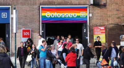 metro roma colosseo lgbt rainbow