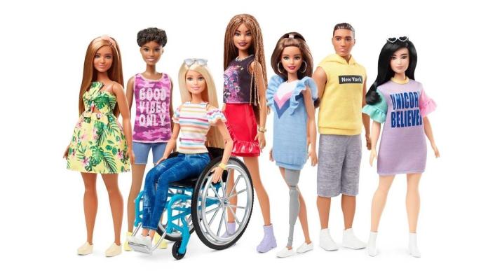 Barbie-sedia-a-rotelle