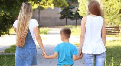 Vicenza, ok a bimbo con due mamme: prima adozione gay