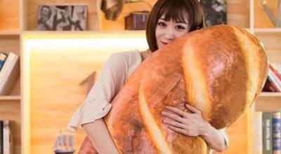 cuscino a forma di pane